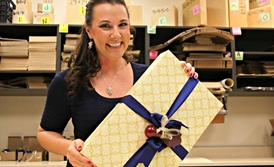 Holidays Put the Bow on the Gift-wrapping Industry